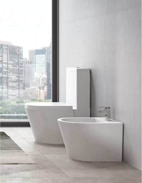WC AKEN avec reservoir abattant amortisseur duroplast. Système double et bidet
