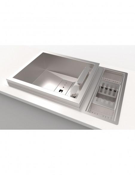 Évier de cuisine à un bac avec robinet intégré modèle Invictus par Rodi